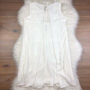easel Dresses - Easel Tiered Scalloped Sleeveless Dress White O768